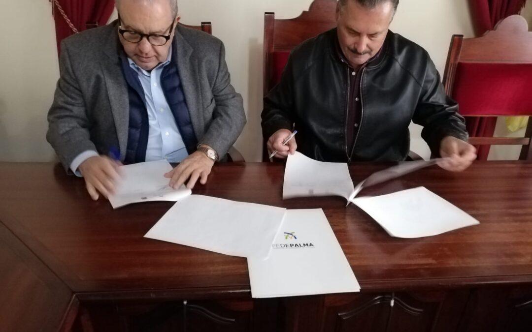 Firma del convenio entre La Federación de Empresarios de La Palma (FEDEPALMA) y el Ayuntamiento de Puntagorda