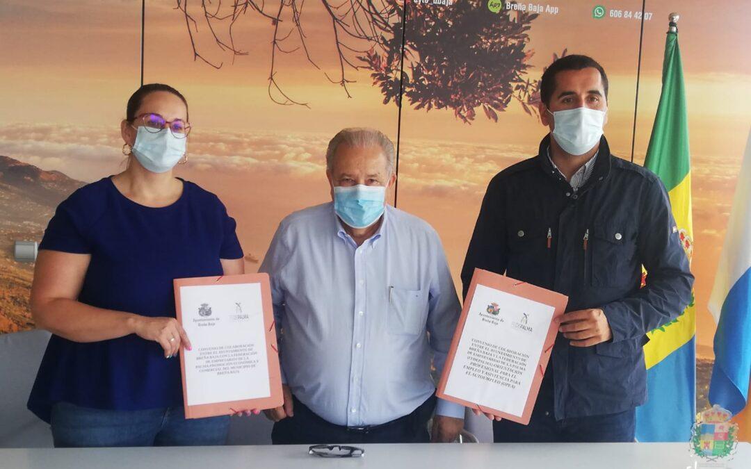 Firma del convenio entre FEDEPALMA y el Ayuntamiento de Breña Baja